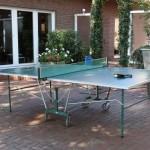 Für die sportliche Betätigung steht Ihnen eine Tischtennisplatte zur Verfügung.
